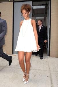 NYFW street style Rihanna